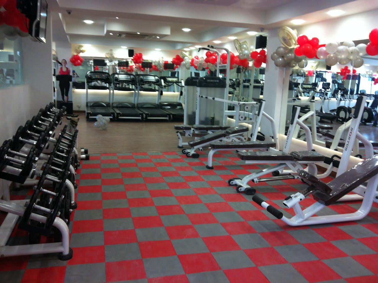 Rubber floor mats for garage gym - Uniflor Sports Flooring Rubber Vinyl